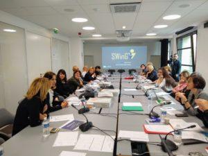 Les participantes échanges durant la Session d'orientation des mentors SWinG