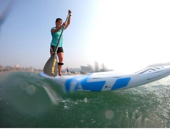 Noémie Horvath paddling